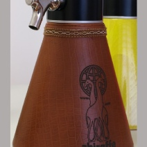 beer-giraffe-leather