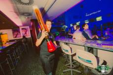 pivo žirafa bowling